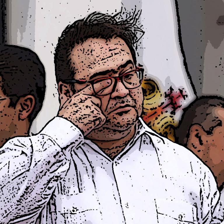 El gobernador de Veracruz, Javier Duarte, encabezó el acto conmemorativo del Día de la Bandera.